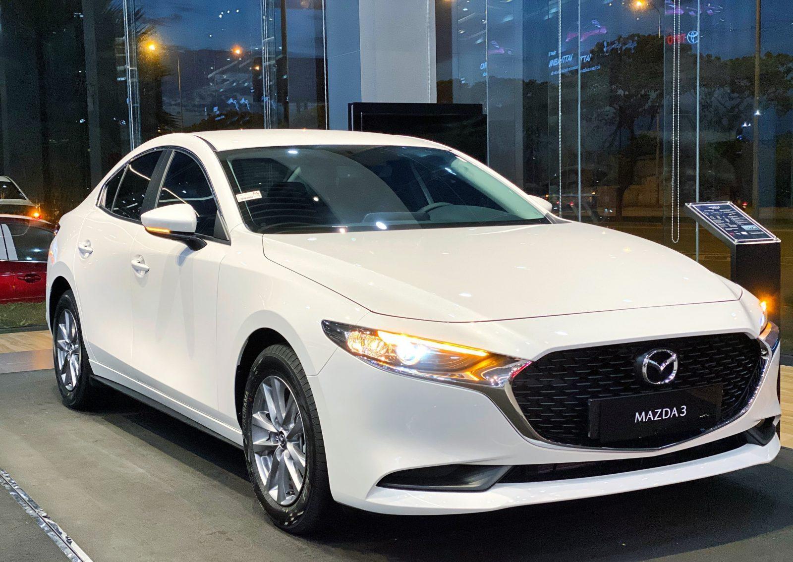 Mazda 3 Deluxe 2021: Ngoại thất – Nội thất – Thông số kĩ thuật – Giá bán
